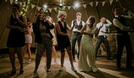 Repertuar na weselu – przy czym lubimy się bawić?